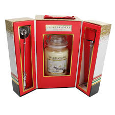 official yankee love your candle vanilla large jar gift set