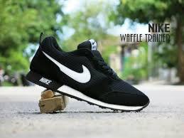 Sepatu Nike jual sepatu nike waffle trainer hitam putih sport casual