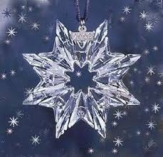 2003 retired swarovski annual ornament picture for reference