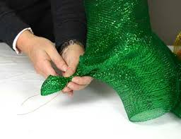 mardi gras mesh party ideas by mardi gras outlet how to create a custom mardi