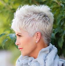 plain hair cuts for ladies over 80years old 91 best aging gracefully images on pinterest grey hair older