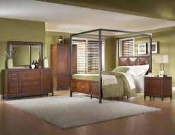 Metal Frame Canopy Bed by Bedroom Black Canopy Bed Queen Be Equipped With Beige Wall And