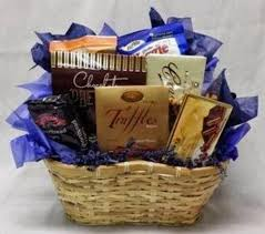 creative gift baskets creative compliments gift baskets and flowers gift baskets