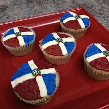 Dominican Republic Flag Dominican Republic Flag Cupcakes Cake By Sarahbeth3 Cakesdecor