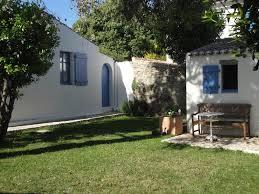 chambre d hote noirmoutier en l ile chambres d hôtes le buzet bleu bed breakfast chambres d hôtes