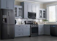 black appliances kitchen ideas black appliances and white or gray cabinets how to it work