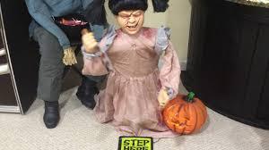 chucky costume spirit halloween lunging pumpkin carving spirit halloween 2016 youtube