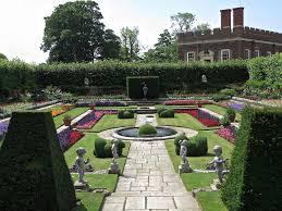 hampton court palace u0026 flower show