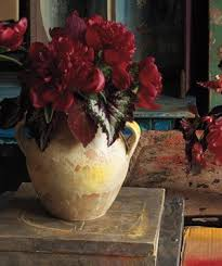 How To Take Care Of Flowers In A Vase Easy Flower Arrangements Real Simple