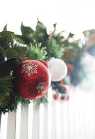 Christmas Banister Garland How To Decorate A Staircase For Christmas Thistlewood Farm
