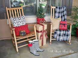 Outdoor Christmas Pillows by A Stroll Thru Life Changes To The Front Porch
