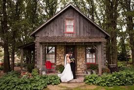 little log house pioneer village is a great wedding location in
