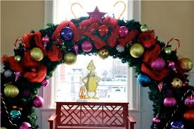 grinch christmas tree dr seuss grinch decorations for christmas all home ideas and decor