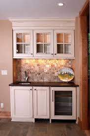 Small Basement Kitchen Ideas Best 25 Wet Bars Ideas On Pinterest Traditional Kitchen