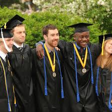 graduation medallion ceremony honors recognition kent state