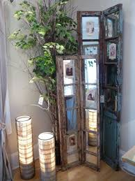 Living Room Corner Decor What I Like About This Is The Mirrors Because You Can Put A