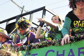 parade throws mardi gras season takes the thibodaux houma area the nicholls