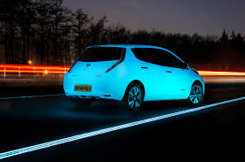 nissan leaf ads watch a glow in the dark nissan leaf drive on a glowing highway