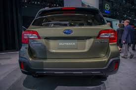 outback subaru 2018 subaru outback gets new style tons of tweaks autoguide com