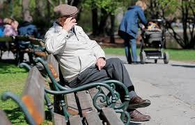 umfrage rentner möchten gerne im unselbstständigkeit pflege demenz wovor sich senioren fürchten