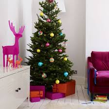 how to trim your christmas tree without breaking the bank cafemom