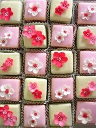 82 best cake design fondant fancies images on pinterest mini