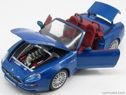 navy blue maserati burago bu12019bl scale 1 18 maserati 3200 gt spider 2000 blue
