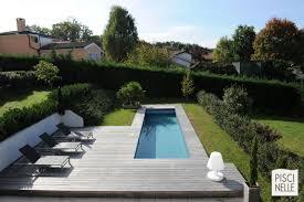 modele jardin contemporain reportage photo piscine sur un couloir de nage design