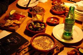 bureau bar a tapas enjoy delicious flambéed tapas at bureau bar in griffintown prével