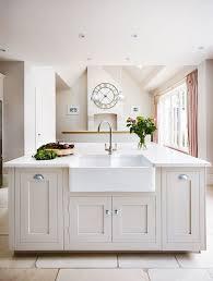 shaker style kitchen ideas best 25 shaker kitchen ideas on grey kitchen