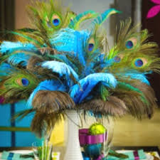 Peacock Feather Centerpieces by 51 Best Peacock Home Ideas Images On Pinterest Peacock Decor
