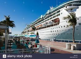 royal caribbean cruise ship enchantment of the seas bermuda stock