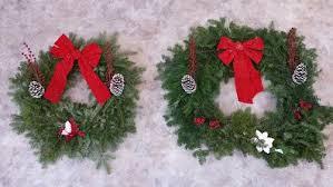 wreaths poinsettias sale pack27aool