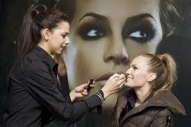 becoming a makeup artist becoming a make up artist career advice