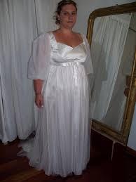 robes de mari e toulouse créatrice de robe de mariée originale en satin de soie lyon