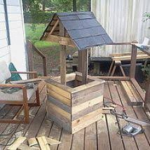 wood pallet project diy hanging planter savedbyloves diy