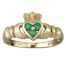 claddagh ring 14k gold and 3 emerald heart claddagh ring shamrock gift