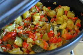 cuisiner poivron courgette poivron et fenouil au four chez lolie