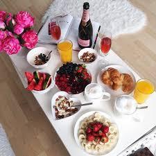 Bed Breakfast Best 25 Romantic Breakfast Ideas On Pinterest Breakfast In Bed