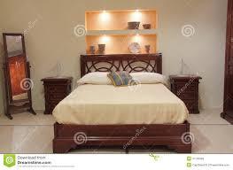 meubles chambre à coucher chambre à coucher classique avec les meubles en bois élégants