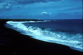 Black Sand Beaches Maui by Black Sand Beaches Occur Where Lava Flows Enter The Sea The Sand