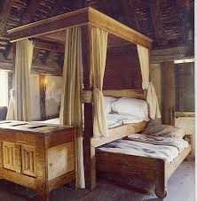 Cheap Medieval Home Decor A Reproduction Of 16th Century English Poster Bed And Trundle Bed