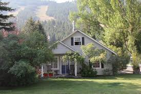 Gravel Driveway Calculator Fabulous And 210 Karns Ave E Jackson Wy 83001 Realtor Com