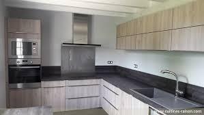 cuisine moderne en l les cuisines modernes cuisine sur mesure laque moderne p o