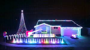 america you have many faults but you win at christmas light