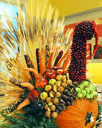 cool turkey decorations for your thanksgiving table digsdigs