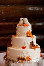 fall wedding cake toppers 5 ideas for amazing autumn wedding cakes autumn weddings