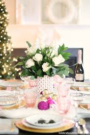 christmas table white u0026 pink christmas table setting christmas table settings