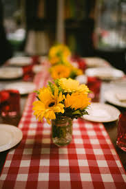 Picnic Decorations Best 25 Rehearsal Dinner Picnic Ideas On Pinterest Rehearsal
