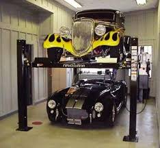 Low Ceiling 2 Post Lift by Best 25 Garage Car Lift Ideas On Pinterest Car Lift For Garage